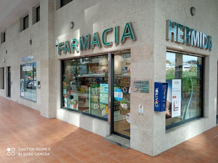 farmacia-hermida-comerciantes-navia-1