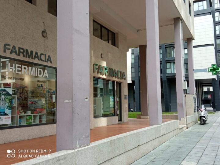 farmacia-hermida-comerciantes-navia-2